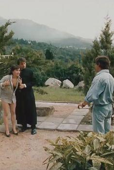Ирина Шмелева засветила грудь в фильме «Ловушка для одинокого мужчины», 1990