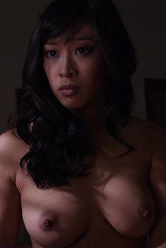 Горячая Камилль Чен снялась голой в сериале «Блудливая Калифорния», 2007