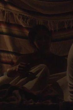 Лорен Майерс засветила грудь в сериале «Манхэттен», 2014