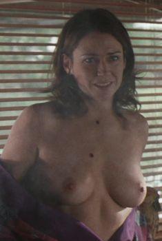 Полностью голая Мари-Жозе Кроз в фильме «Мюнхен», 2005