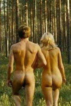 Голая попа Марии Гончар в фильме «Никто не знает про секс», 2006