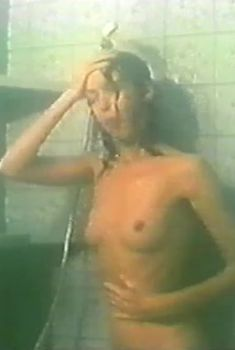 Матлюба Алимова снялась голой в грузинском фильме «Они», 1992