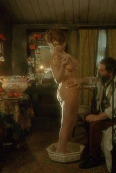 Полностью голая Наталья Некрич в фильме «Яма», 1990