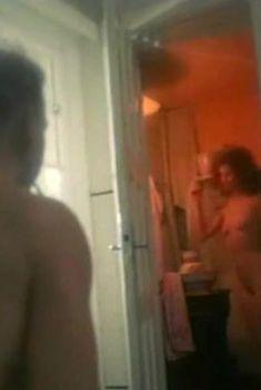 Полностью голая Неле Савиченко в фильме «На исходе ночи», 1987