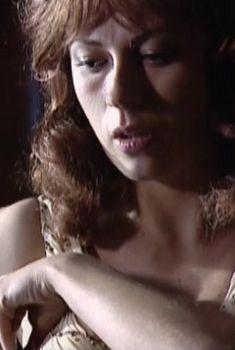 Оксана Скакун оголила грудь в фильме «Шпильки 3», 2010