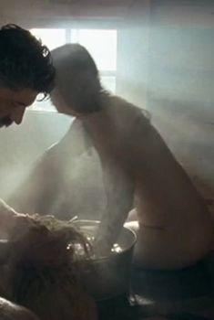 Ольга Будина показала голую грудь в сериале «Жена Сталина», 2006