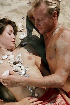 Ольга Сутулова снялась с голой грудью в сериале «Атлантида», 2007
