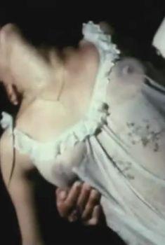 Ольга Чиповская засветила грудь в фильме «Затишье», 1981