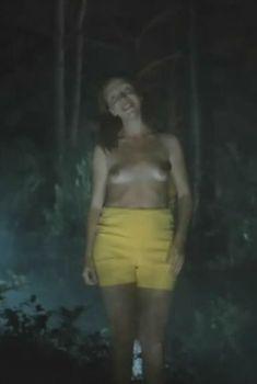 Полностью голая Светлана Галкина в фильме «Кострома», 2002