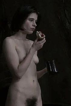 Абсолютно голая Сюзанна Гамильтон в фильме «1984», 1984