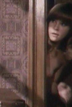 Татьяна Догилева засветила сиську в фильме «Частная жизнь», 1982