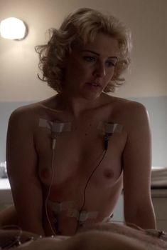 Голая грудь Хелены Йорк в сериале «Мастера секса», 2013