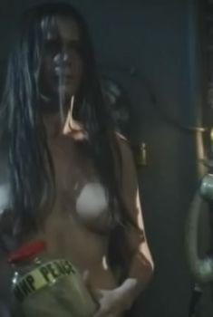 Эллен Слюсарччи снялась голой в фильме «Крик в тишине», 1990