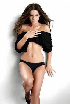 Эротичная Кейт Бекинсейл в журнале Esquire, Ноябрь 2009