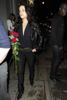 Мишель Родригес засветила  грудь возле клуба Rose Club, 2012