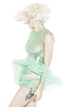 Изящная Леди Гага в фотосессии для журнала Elle, 2011