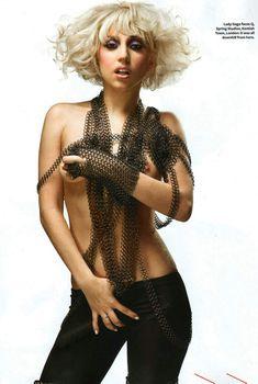 Леди Гага оголилась в журнале Q, Март 2010