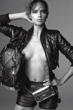 Голая грудь Адрианы Лимы в журнале Vogue, Июнь 2014
