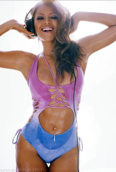 Секси Бейонсе в фотосессии для Blender, Август 2003