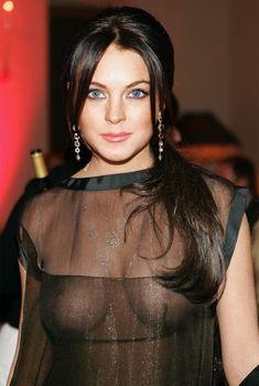 Линдси Лохан без бюстгальтера на ужине Les Exclusifs de Chanel, Январь 2007