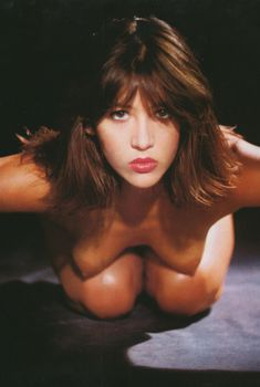 Софи Марсо в эротической фотосессии