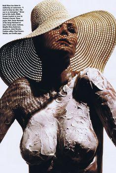 Голая Хайди Клум в журнале Allure, Апрель 2010