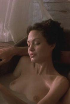 Анджелина Джоли в фильме «Соблазн», 2001