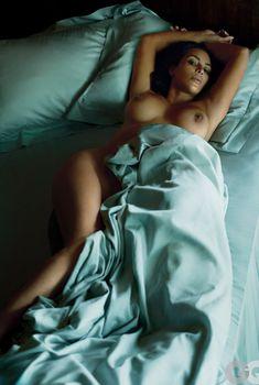 Ким Кардашьян голышом в журнале GQ, Июнь 2016