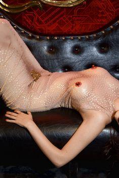 Ева Грин в развратном платье в фотосессиии Satoshi Saikusa, 2008