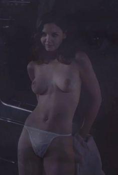 Голая Кэти Холмс в фильме «Дар», 2000
