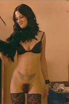 Голая Азия Ардженто в фильме «Пурпурная дива», 2000