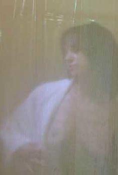 Голая Азия Ардженто в фильме «Хранитель», 2009