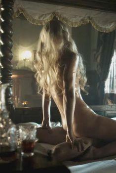 Голая Анастасия Гриффит в сериале «Легавый», 2012