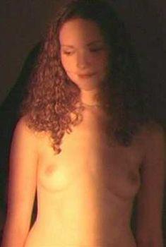 Голая Анна Уильямс в фильме «Все», 2004