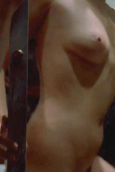 Голая Барбара Де Росси в фильме «Тихие дни в Клиши», 1990