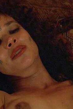 Голая Барбара Херши в фильме «Последнее искушение Христа», 1988