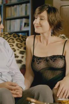 Бриджитт Ло Цицеро засветила грудь в фильме «О людях и богах», 2010