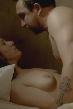 Голая Брук Смит в сериале «Рэй Донован», 2013