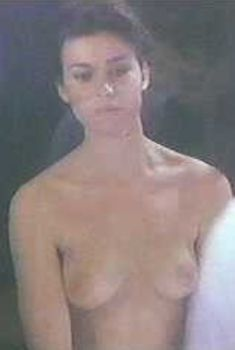 Голая Валери Каприски в фильме «Афродита», 1982