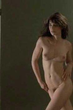 Голая Валери Каприски в фильме «Публичная женщина», 1984