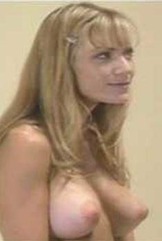 Голая Гриффин Дрю в сериале «Эротические признания», 1994