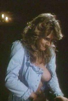 Голая Гэйл Харрис в фильме «Возвращение Сатаны», 1990