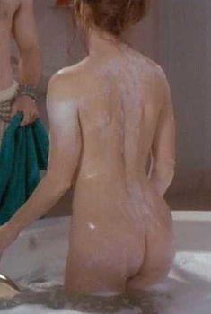 Голая Дана Дилэйни в фильме «Выход к Раю», 1994
