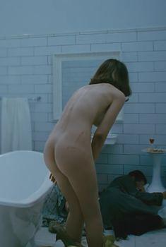 Голая Джастин Уоддэлл в фильме «Мишень», 2010