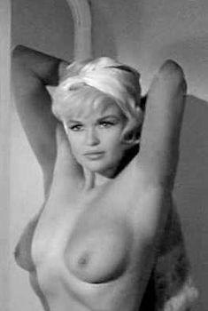 Голая Джейн Мэнсфилд в фильме «Обещания! Обещания!», 1963