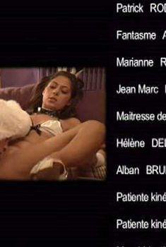 Голая Джесси Вольт в фильме «Секс в большом городе 2», 2010