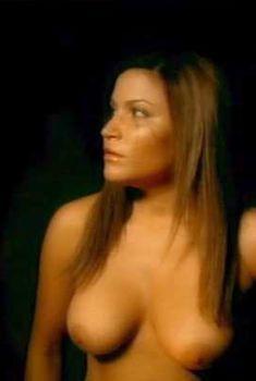 Голая Джессика Лукас в фильме «Кровавая Мэри», 2006