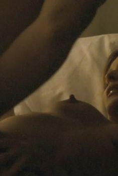 Голая Джиллиан Андерсон в фильме «Желание мести», 2007