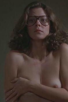 Голая попа ДжоБет Уильямс в фильме «Крамер против Крамера», 1979