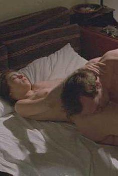 Голая Джоанна Пакула в фильме «Парк Горького», 1983